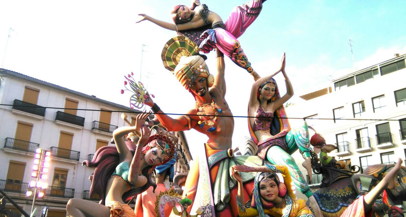 History of the famous Valencian Festival: Las Fallas