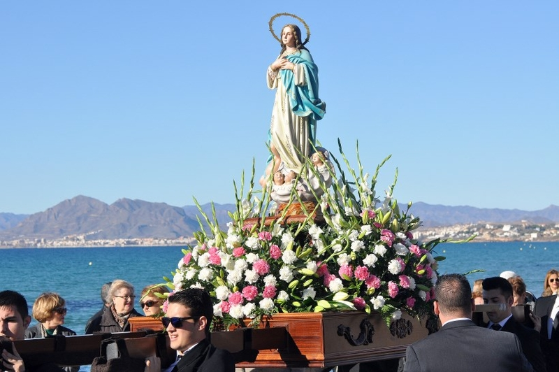 2 Upcoming Holidays: Spanish Constitution Day & Immaculate Conception Day!