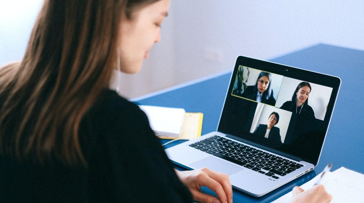 5 Benefits of Doing an Internship Online